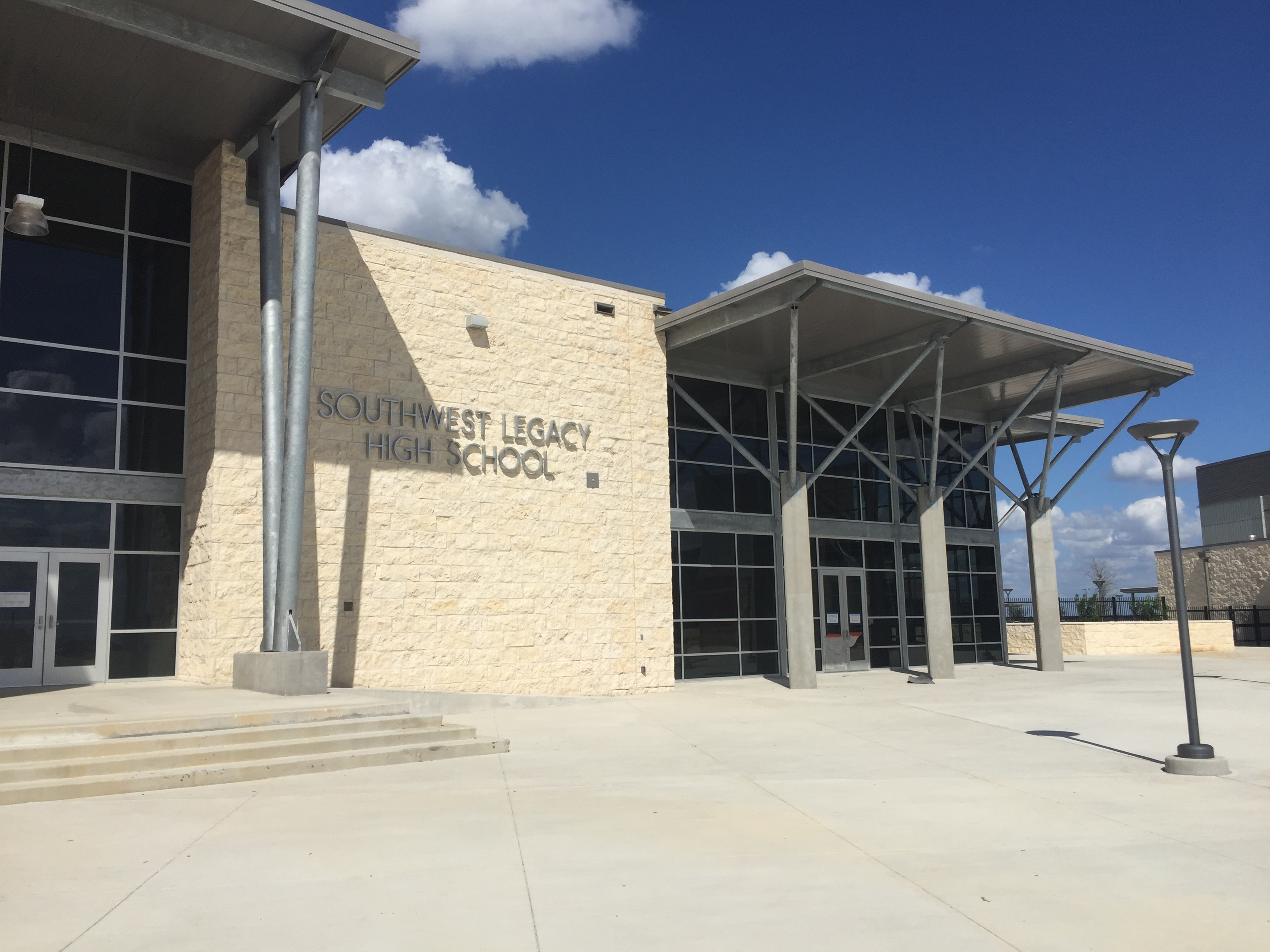 ... assisted with the design and implementation of the doors, frames, and  hardware for the large High School and Middle School located in San Antonio,  ...